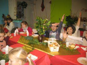 IMG 5499 300x225 Les photos du repas de Noël de lécole