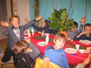IMG 5500 300x225 Les photos du repas de Noël de lécole