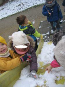 IMG 5784 225x300 De la neige à Luc sur Mer !!!