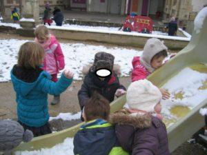 IMG 5785 300x225 De la neige à Luc sur Mer !!!