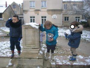 IMG 5807 300x225 De la neige à Luc sur Mer !!!