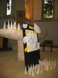 IMG 6712 e1544699314466 225x300 Célébration de Noël à la chapelle de Luc sur Mer