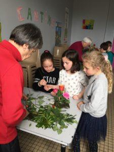 IMG 5633 e1554203815636 225x300 de lart floral à lécole !