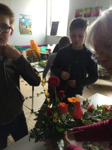 IMG 5638 e1554203754318 225x300 de lart floral à lécole !