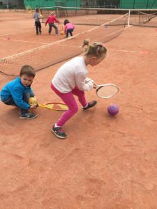 IMG 6334 1 e1557395796630 225x300 Le tennis avec Pascal